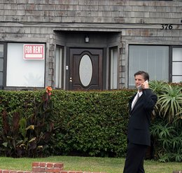 realtor-on-the-phone